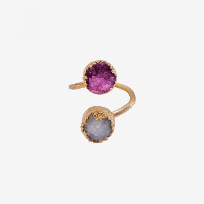 anillo de piedra natural