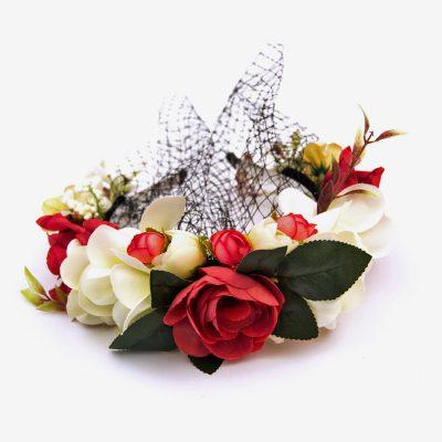 diadema de flores con redecilla