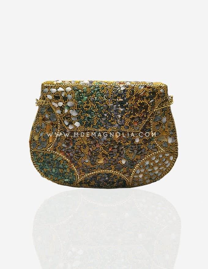 bolso metalico con piedras