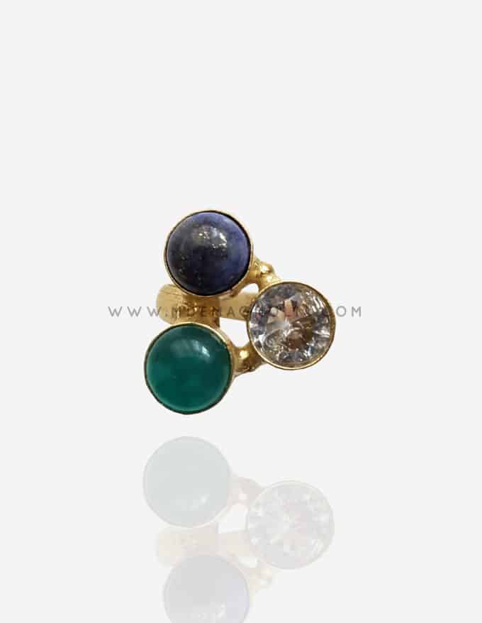 anillo ajustable dorado de piedras