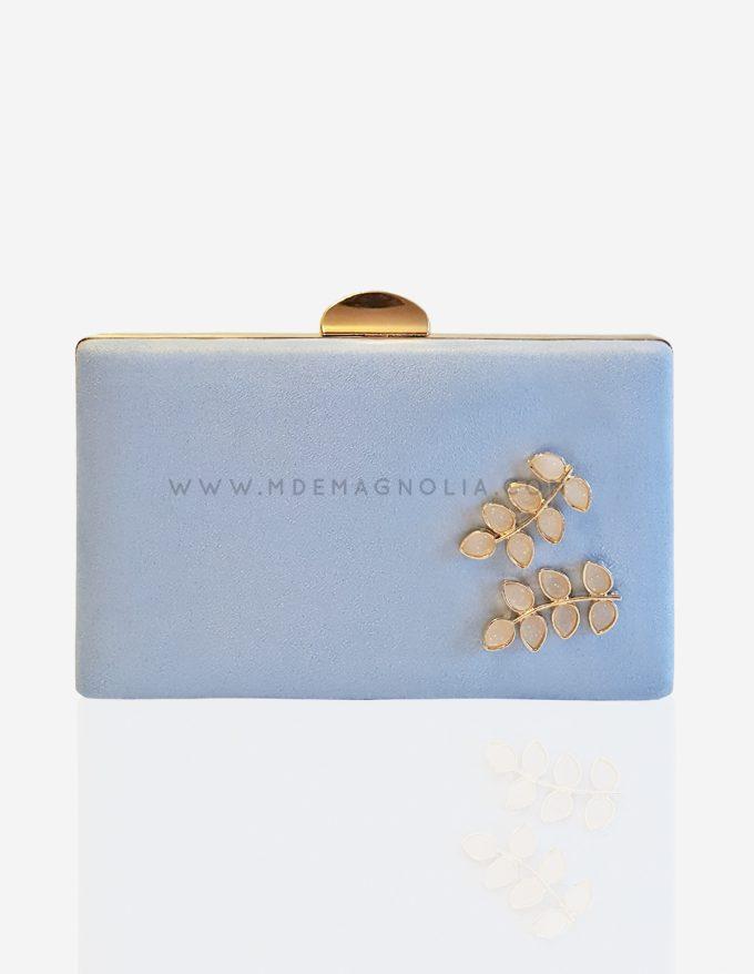 bolso azul cielo con flores