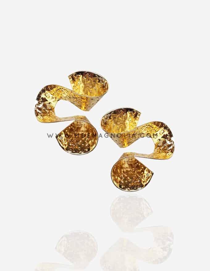pendientes espiral dorados