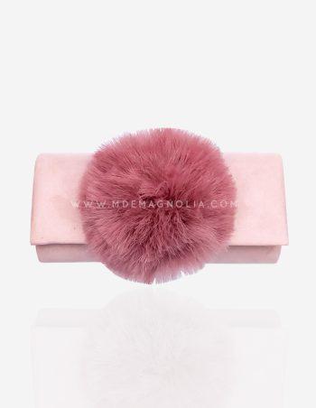 bolso con pompon rosa