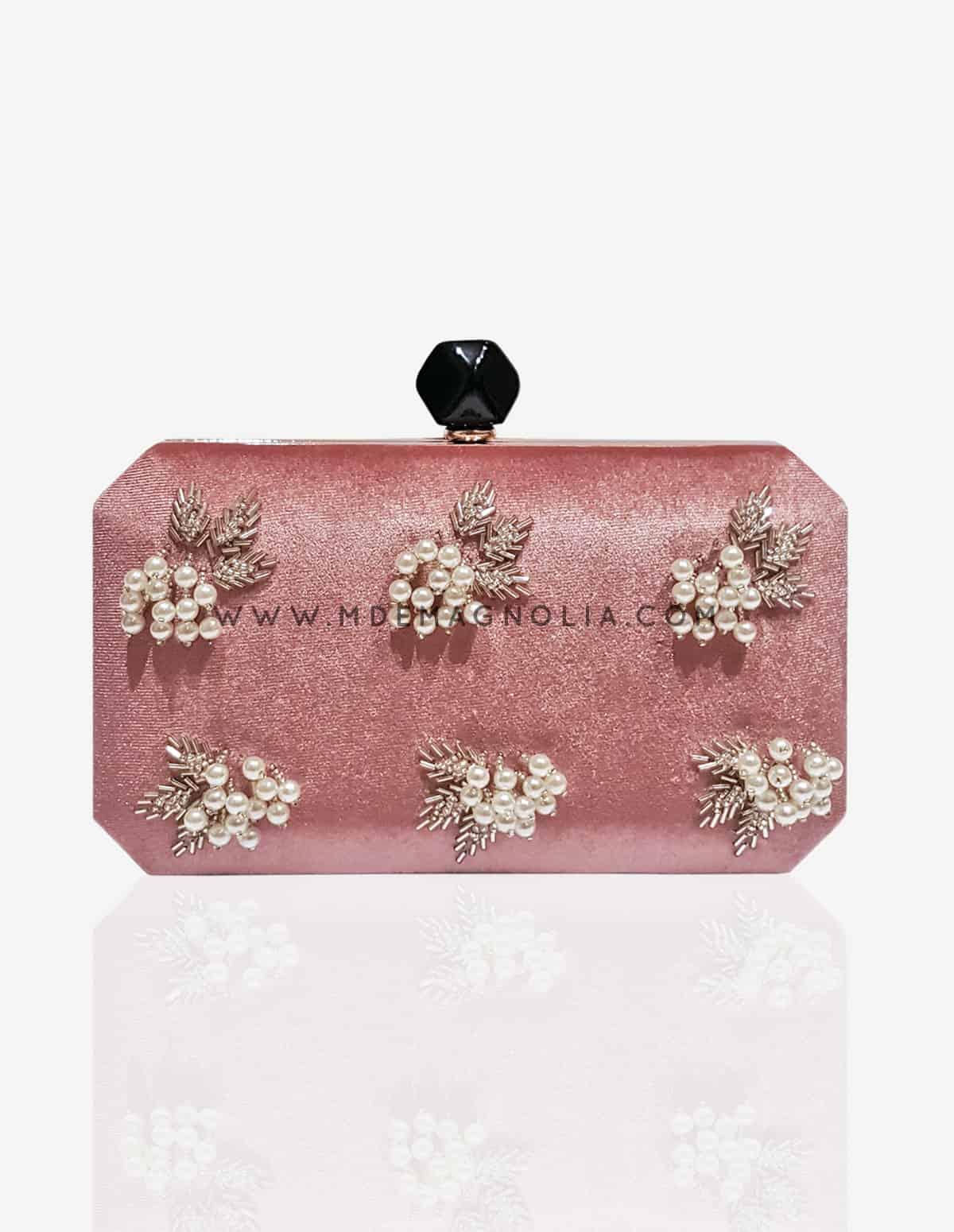 bolso de terciopelo rosa