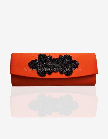 bolso alargado naranja con pasamaneria