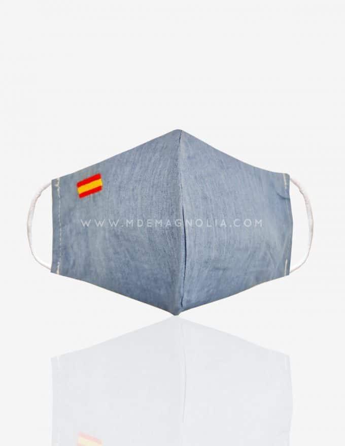 mascarilla azul claro con bandera de españa
