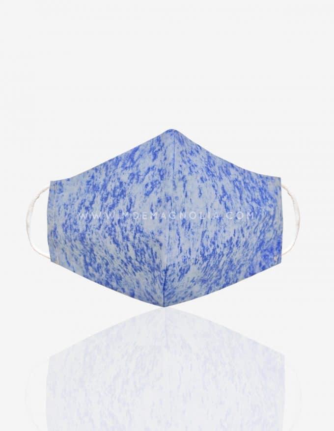 mascarilla de tela azul claro